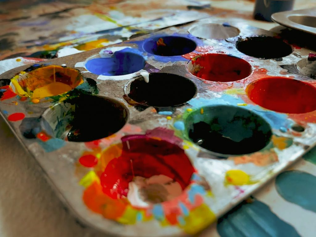 paints in a mixing tray